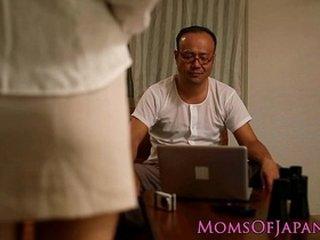 Cheating asian mom hardcore spitroasted